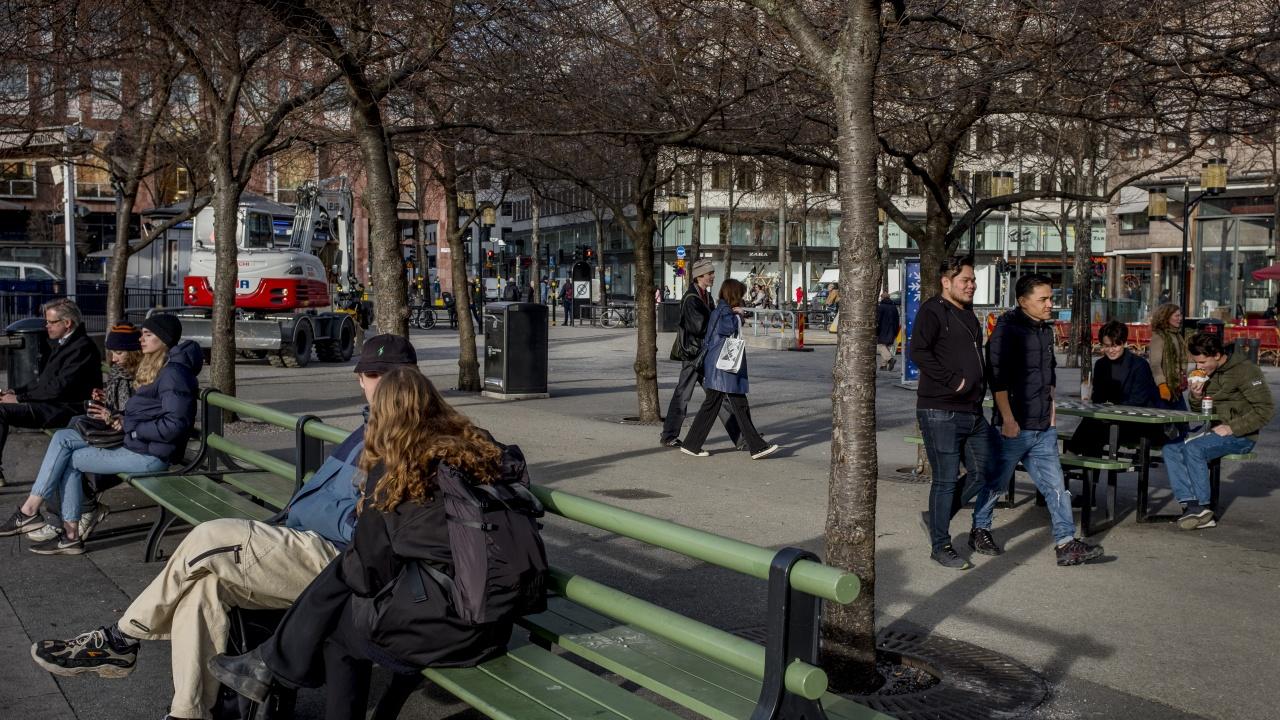 Швеция разхлабва ограниченията въпреки опасенията от Делта варианта