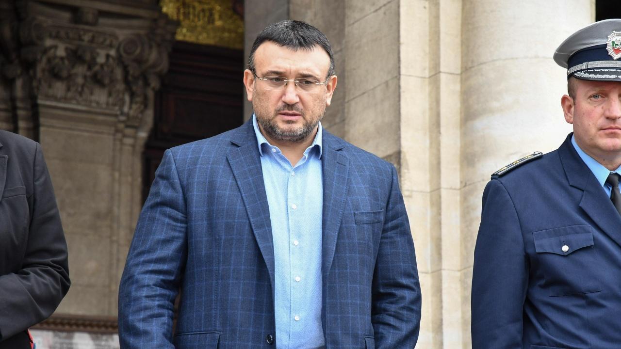 Младен Маринов: Изчегъртаха и проф. Балтов, както правят и в МВР