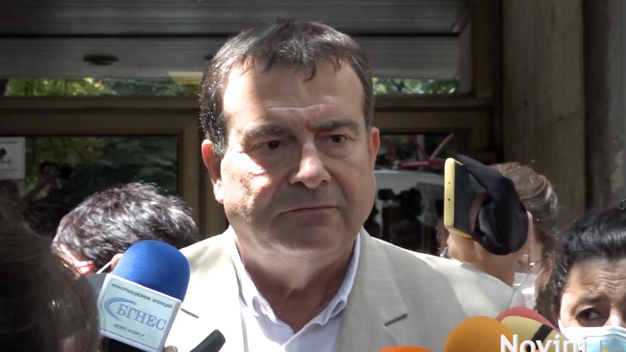"""МЗ: Проф. Балтов е управлявал еднолично, неефективно и непрозрачно, никой не атакува и обвинява лекарите от """"Пирогов"""""""