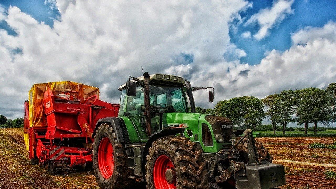 Близо 100 земеделци от Ямболско са в готовност за протест и затваряне на пътища