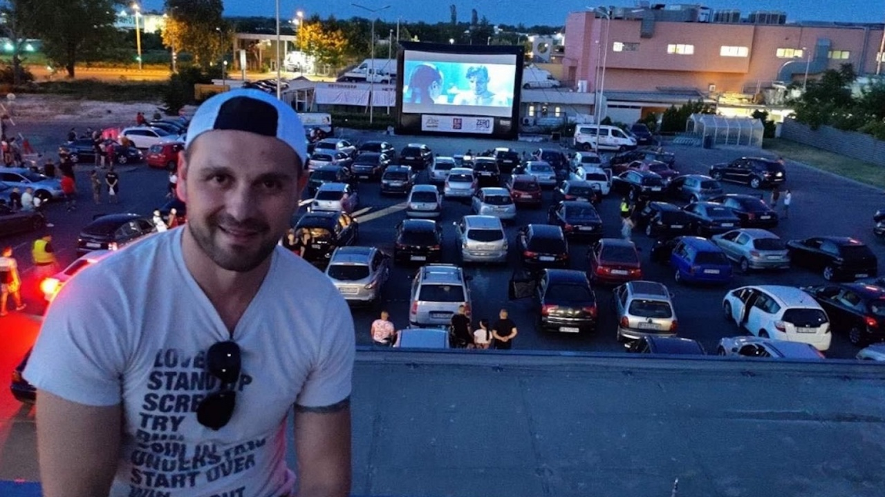 Над 70 коли – на първото автокино в Асеновград