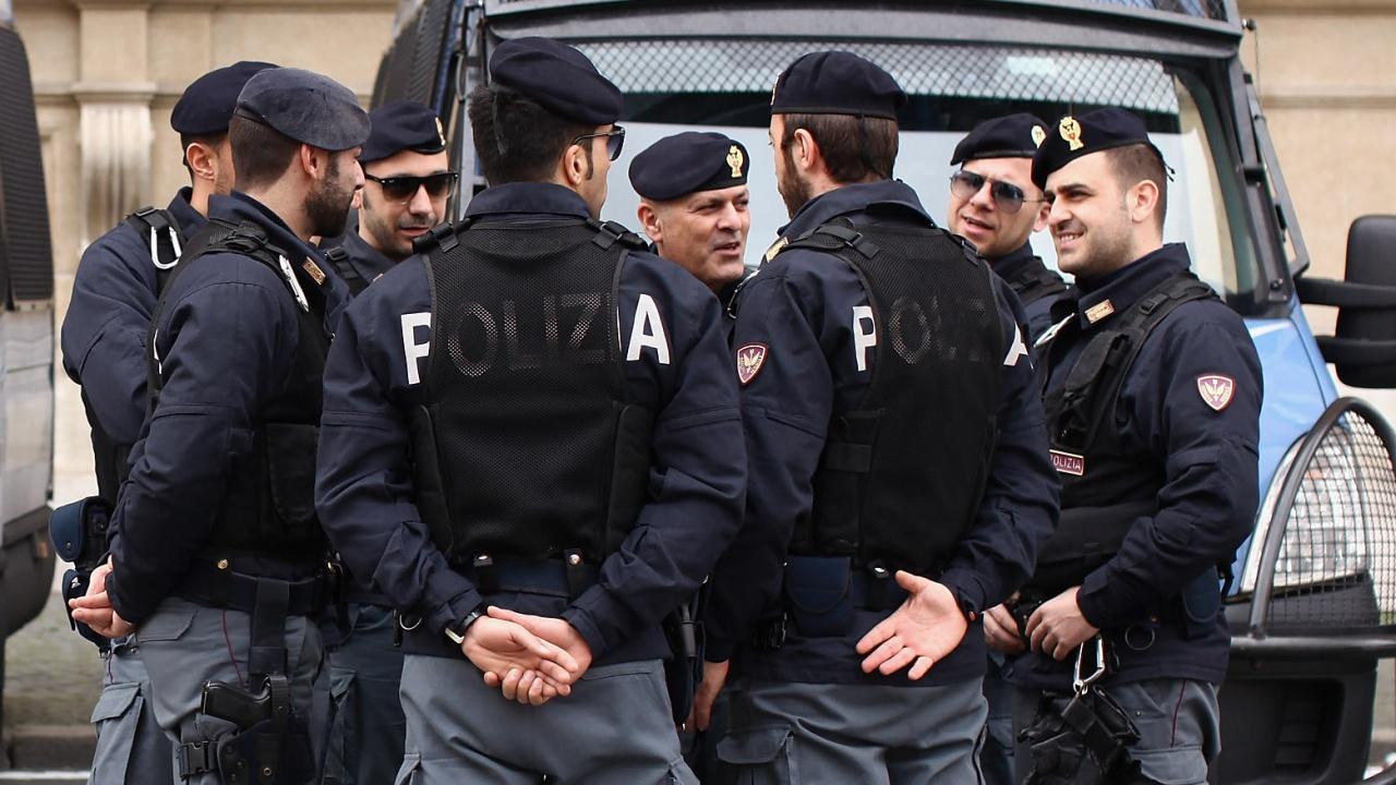 10 простреляни в Италия