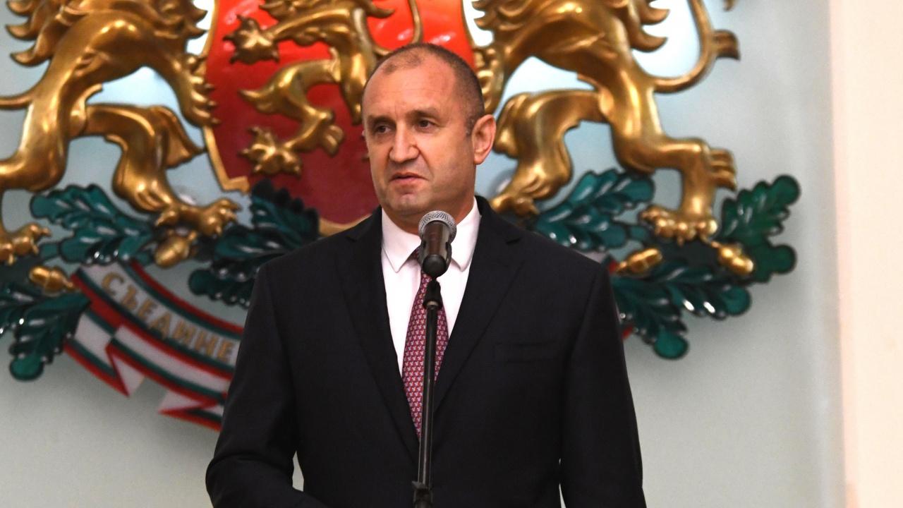 """""""Изправи се БГ"""" подкрепя безусловно президента Румен Радев за втори мандат"""