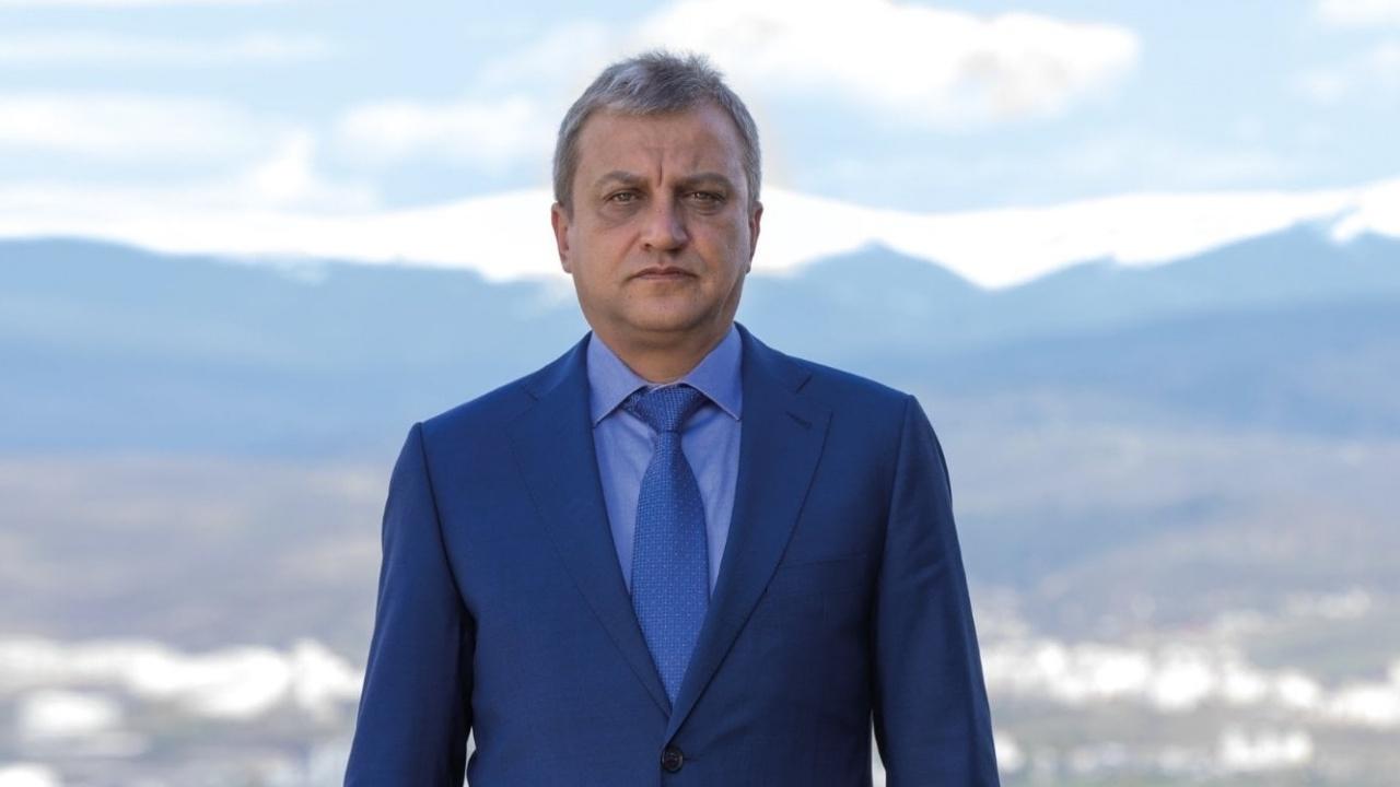 Кметът на Благоевград отмени бонусите на общинари за извънредна работа по изборите