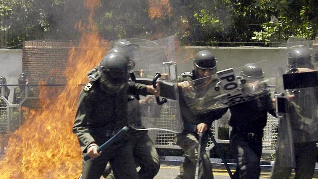 Безводие запали бунтове в Иран