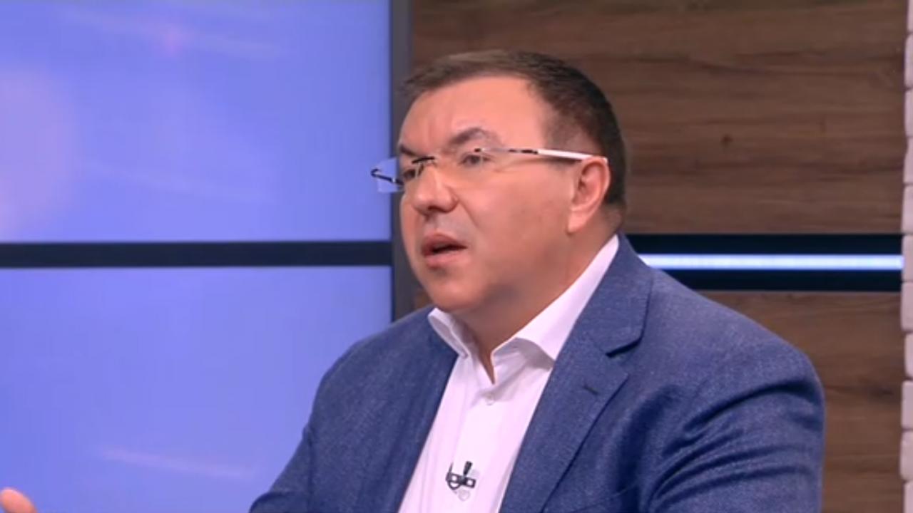 Проф. Ангелов: Всички ще платим висока цена за разделението на нацията, което направи президентът