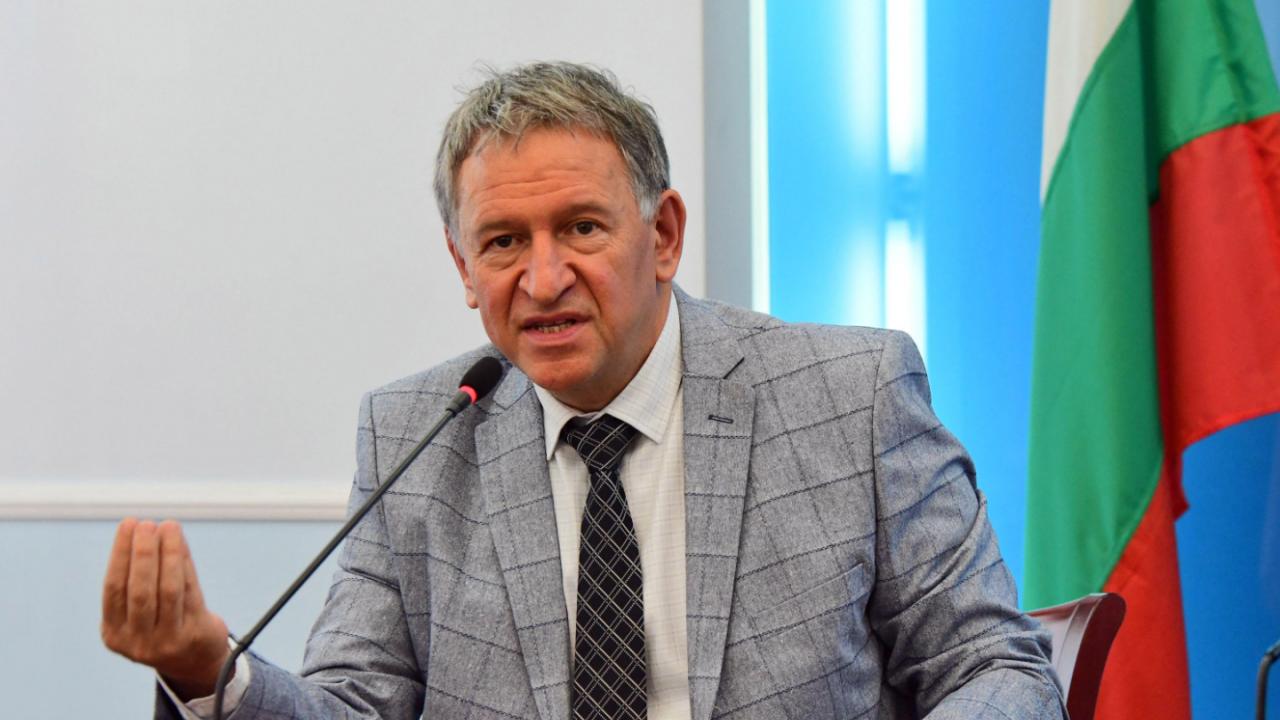 """Стойчо Кацаров: Смених Балтов след установени няколкостотин нарушения в """"Пирогов"""""""