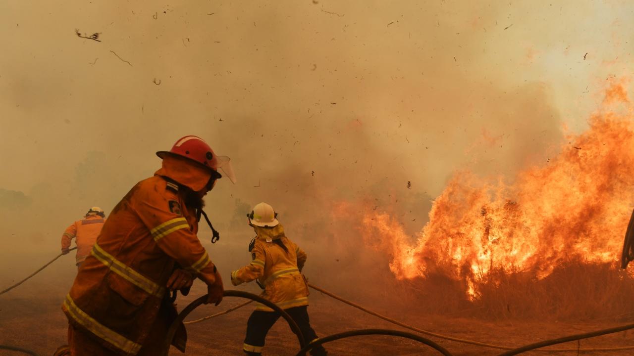 Горски пожари продължават да бушуват в руския Североизток, причинявайки тежки щети
