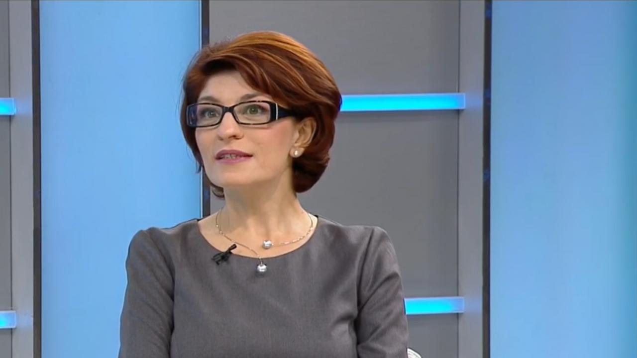 Десислава Атанасова: Лъжите, изстъпленията и сатрапския език на Рашков са недопустими
