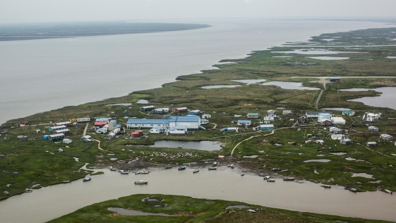 Земетресение с магнитуд 8,2 беше регистрирано край бреговете на Аляска