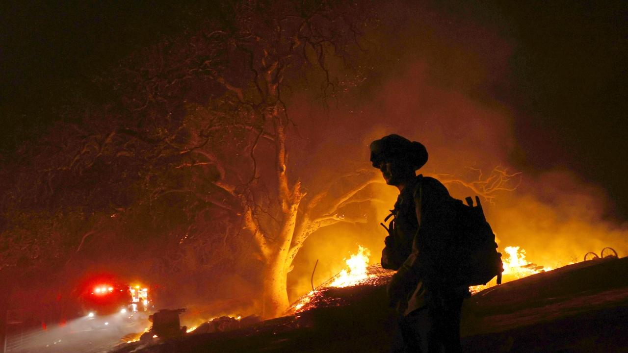 Горски пожари се прехвърлиха от Ливан в съседна Сирия