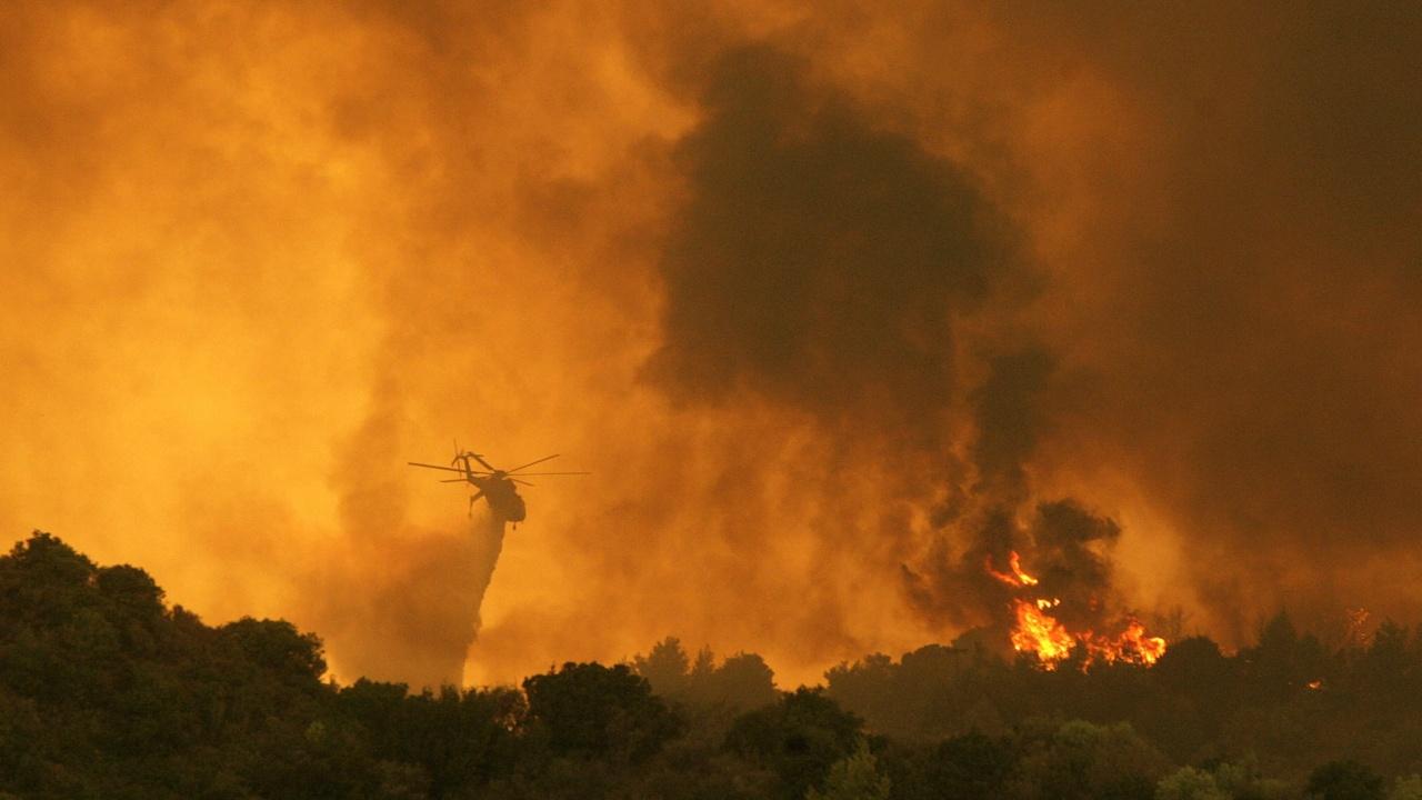 Гръцките власти предупредиха за опасност от пожари заради горещото време