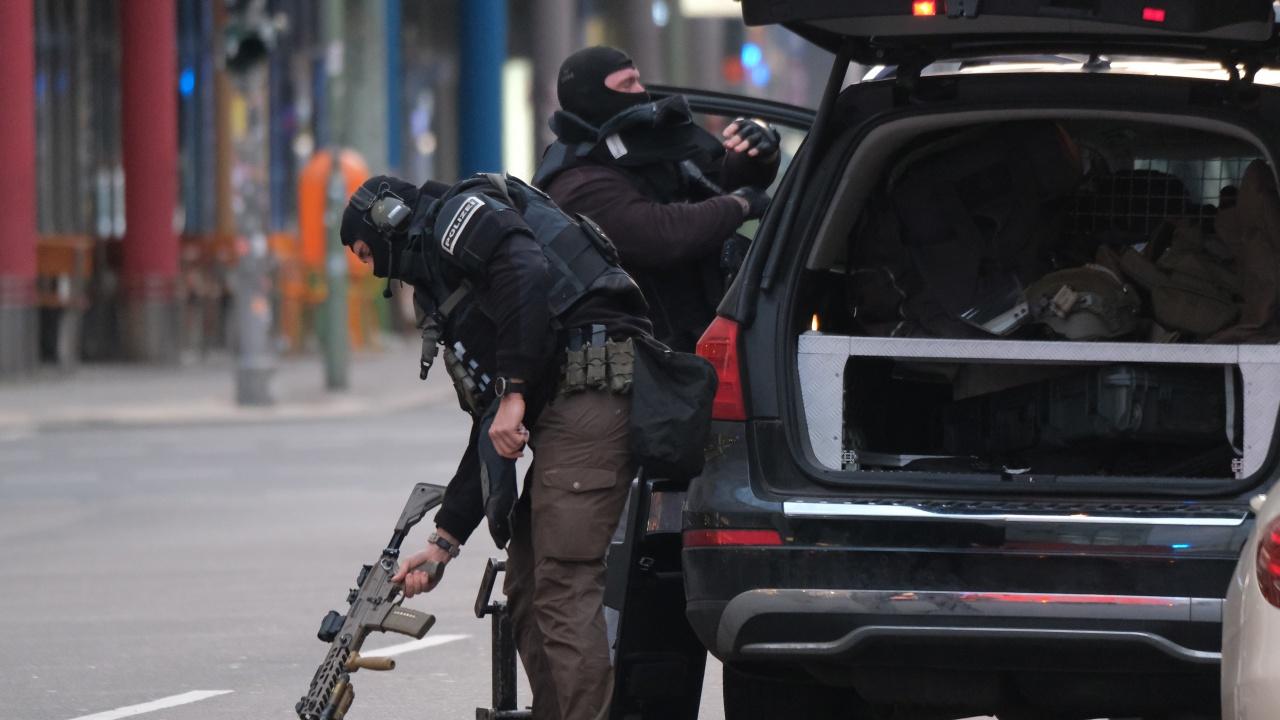 Стрелба на паркинг пред магазин в Берлин, няколко души са ранени