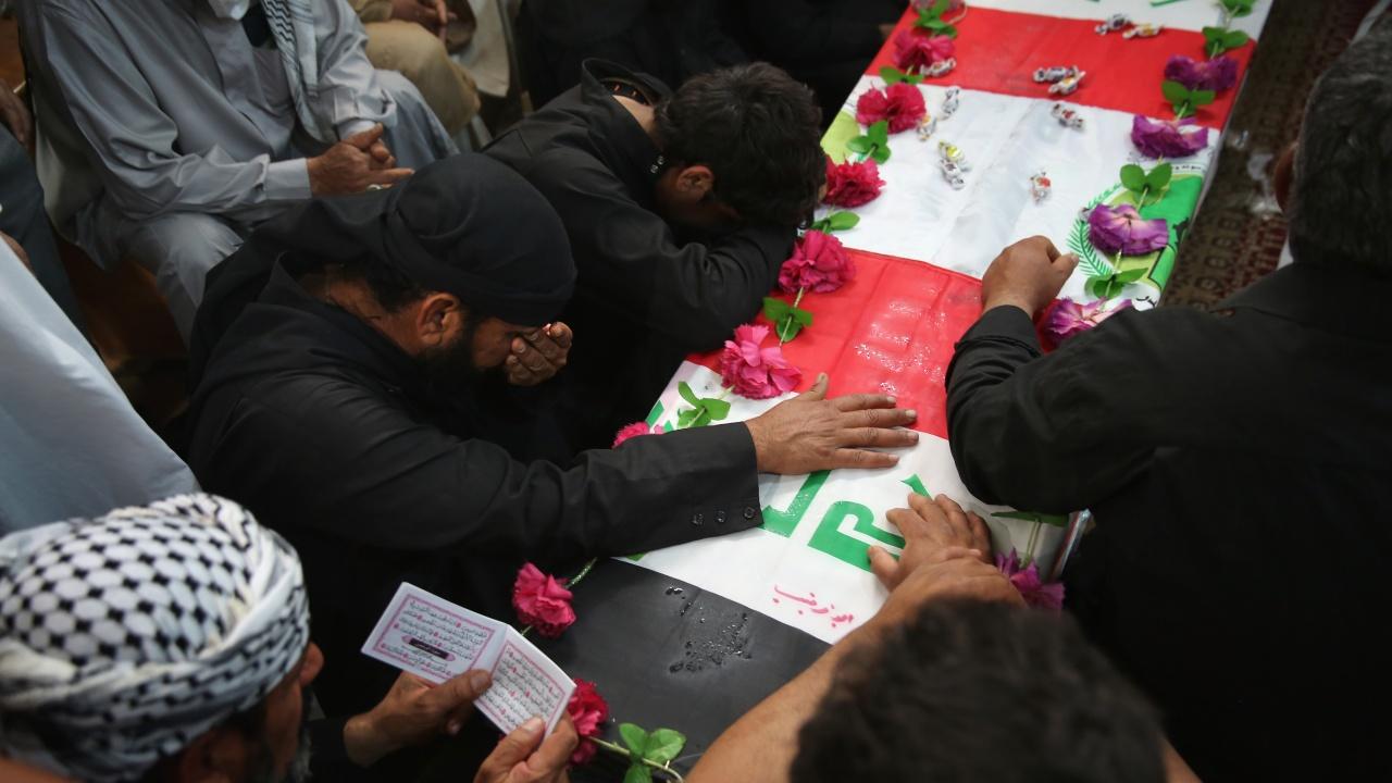 Няколко души бяха убити при атака на погребение в иракски град