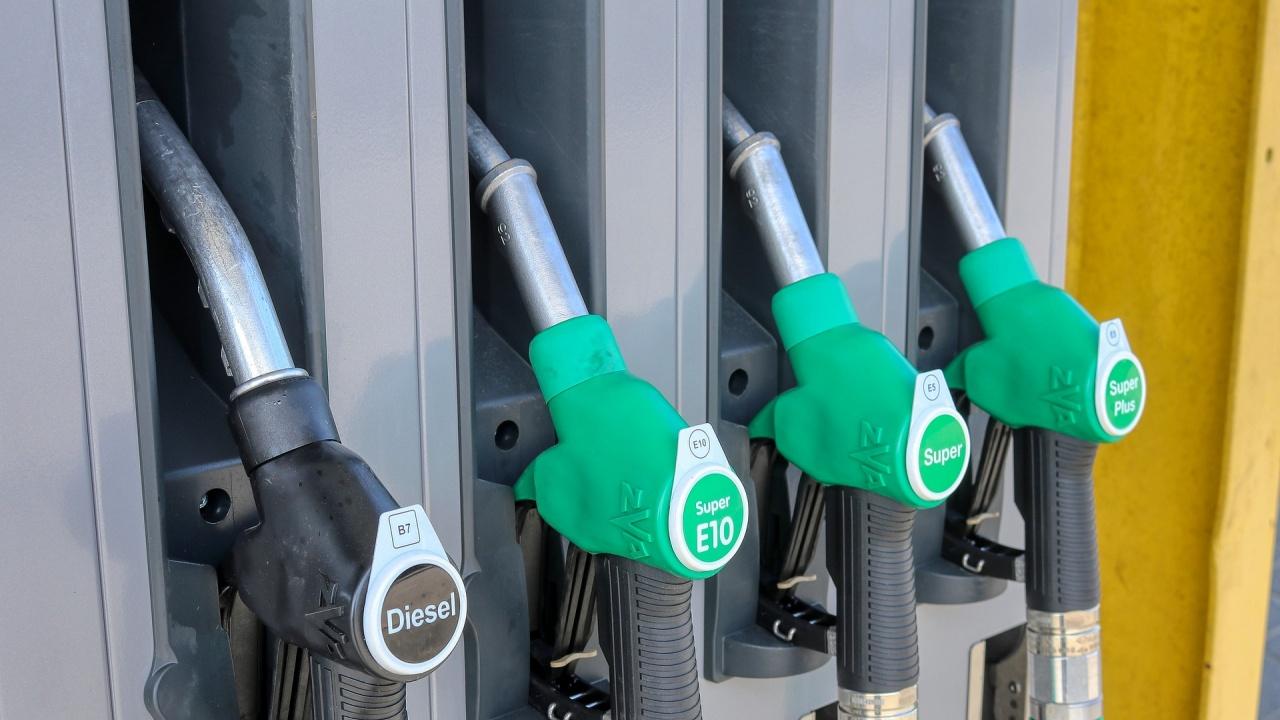 Бензинът ще стигне 3,20, а дизелът – 3,40 лв. до две години