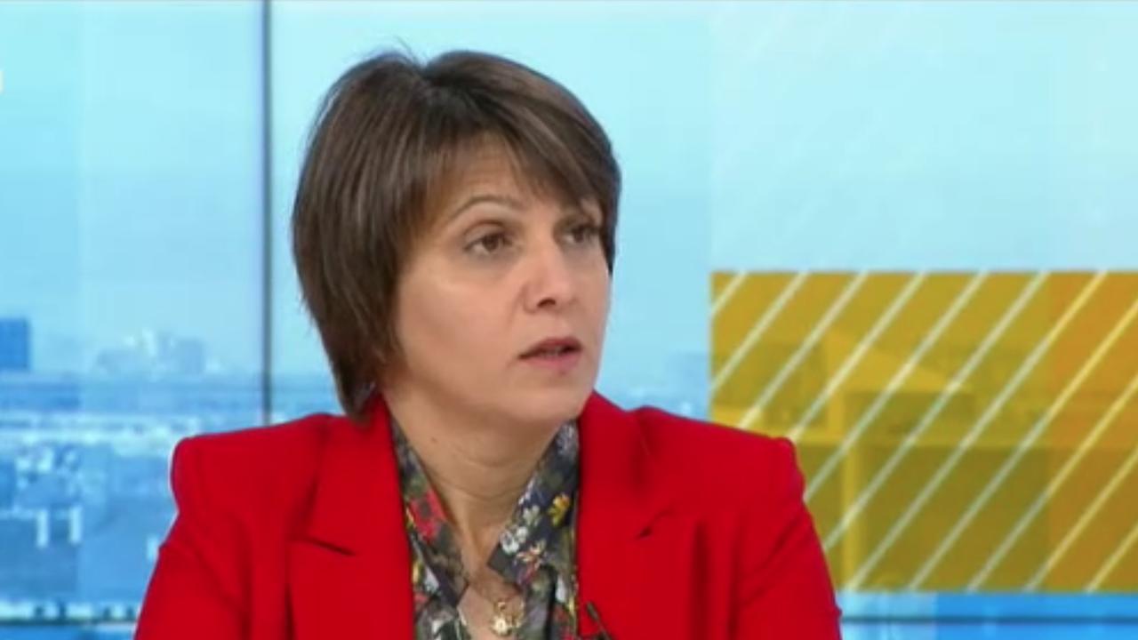 Веска Ненчева от БСП: Би трябвало да има споразумение с ИТН