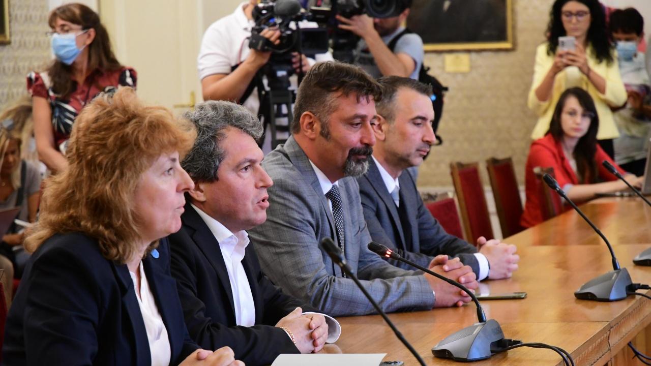 ИТН представя проекта си за правителство, не планира обаче да преговаря