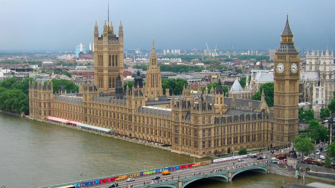 Британски здравни експерти: Антивейпинг кампанията на СЗО е опасна
