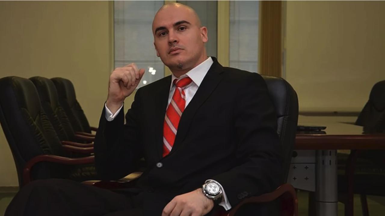 ИТН плашат със съд заради твърденията, че Петър Илиев е плагиатствал