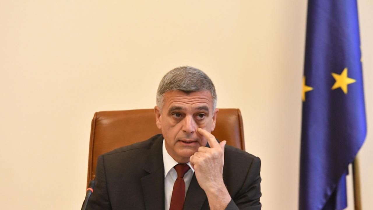 Янев: Гражданите имат право да знаят кой определя постовете в новия кабинет