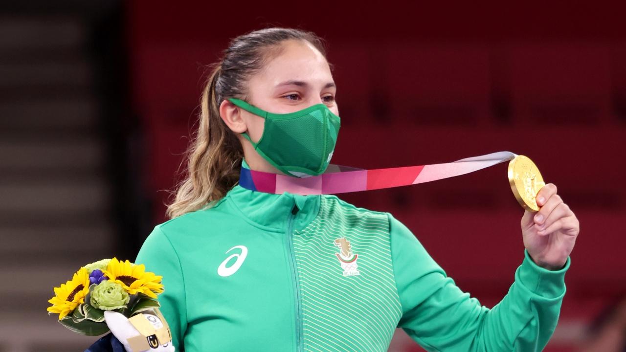 Румен Радев поздрави Ивет Горанова за златния медал на Олимпиадата в Токио