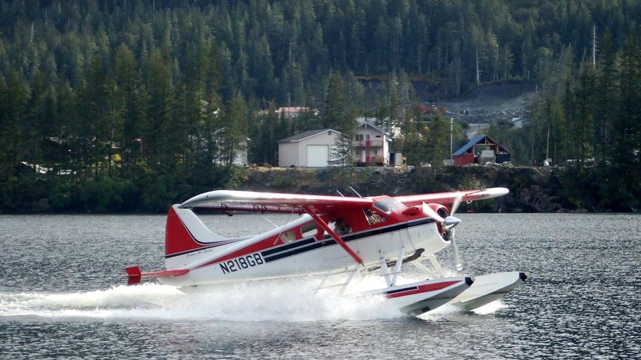 Самолет се разби в Аляска, всички на борда са загинали