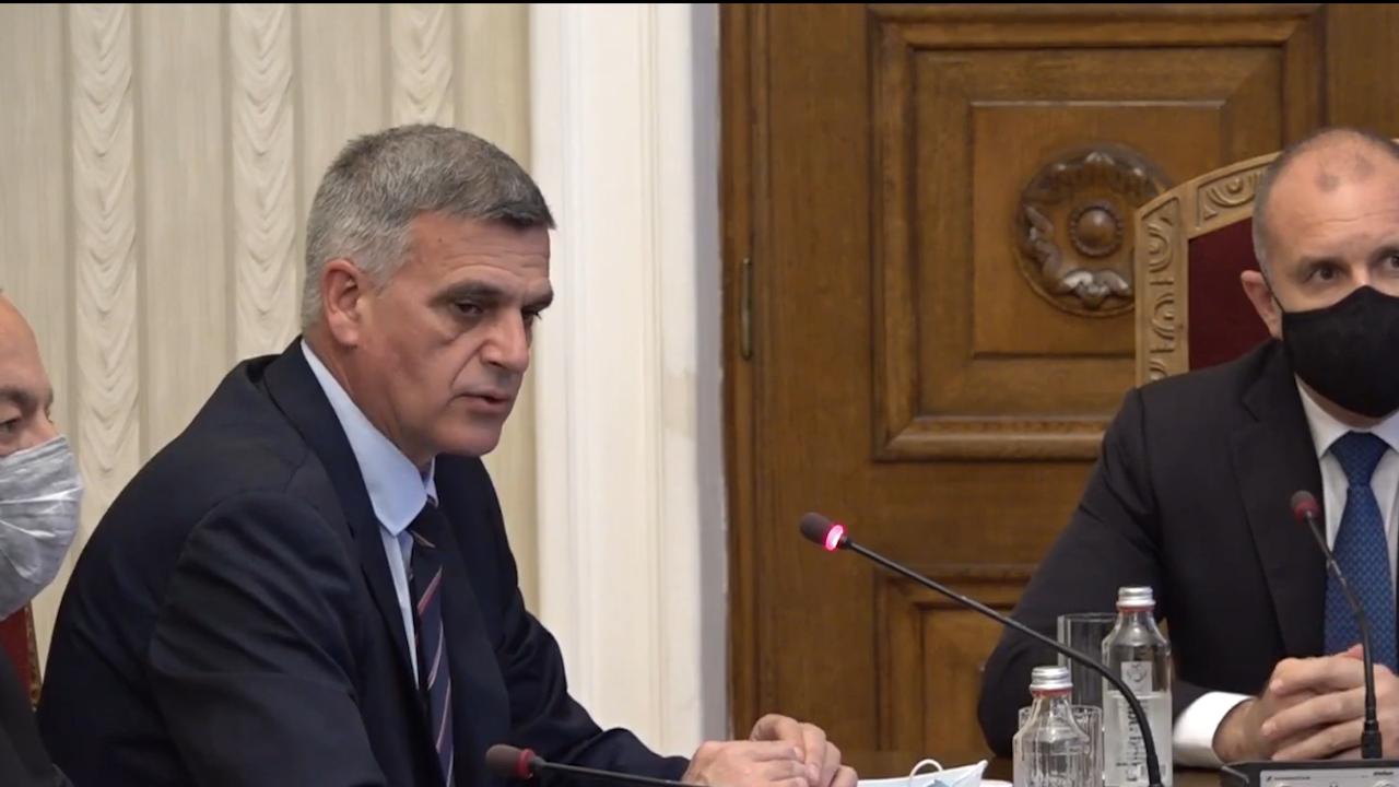 Стефан Янев: Не трябва да си позволяваме с лека ръка да затворим бизнеса при нова COVID вълна