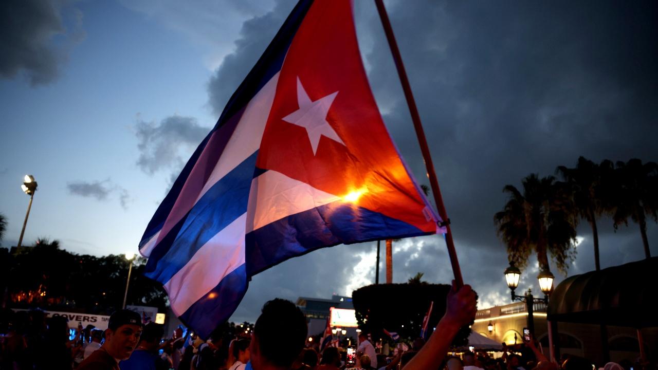 Уличните протести могат да окажат натиск върху Куба да ускори икономическите реформи