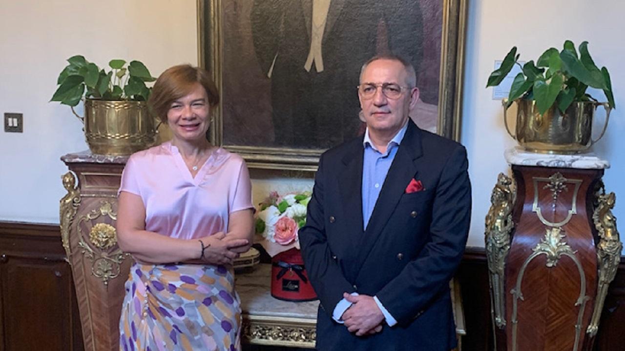 Министър Кузманов се срещна с посланика на Турция в България