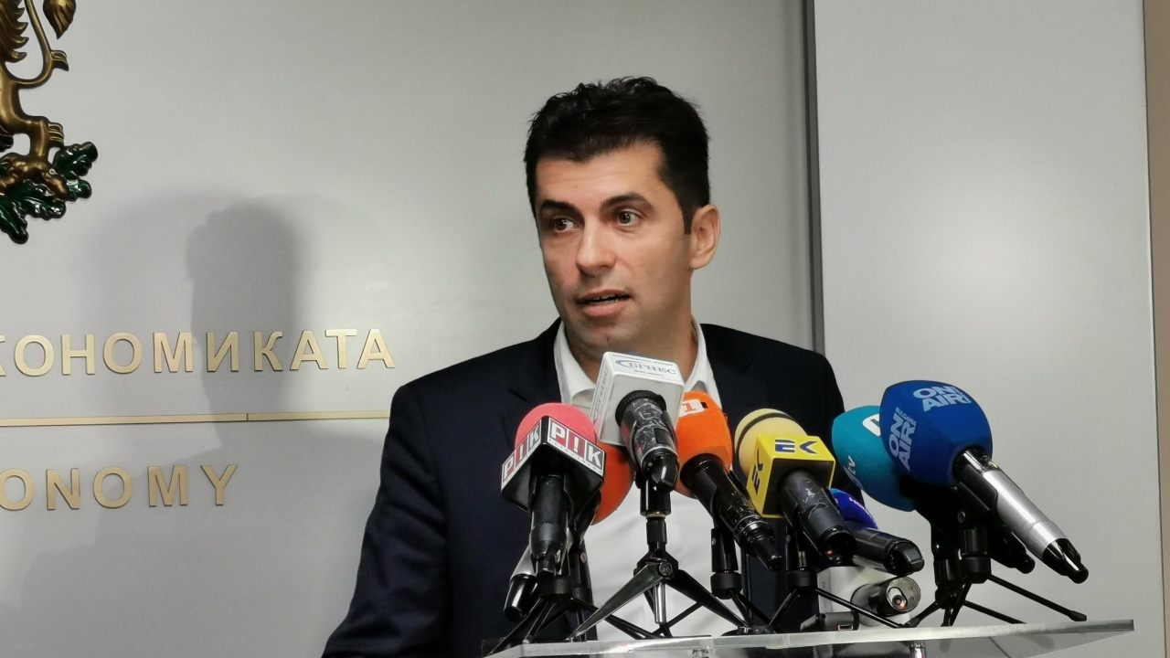Водещите новини!  Кирил Петков остава в политиката, трето злато за България на олимпиадата
