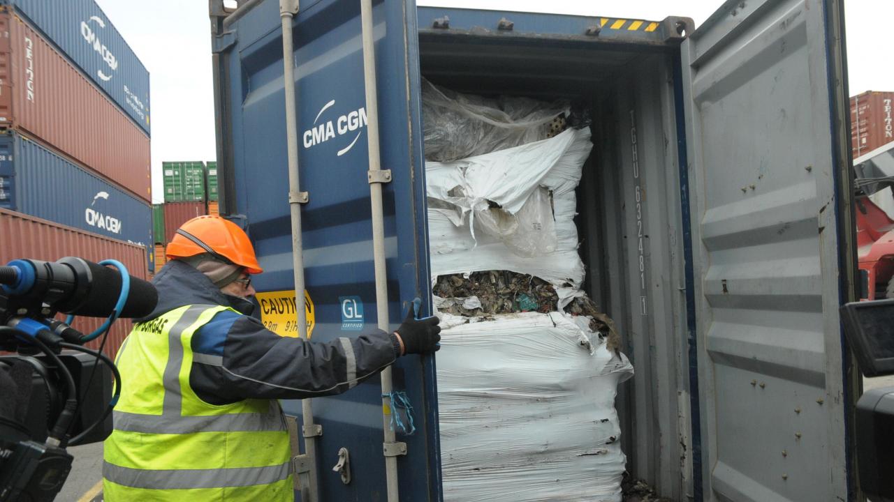 РИОСВ-Плевен разпореди премахването и оползотворяването на 9000 тона незаконно внесен италиански отпадък