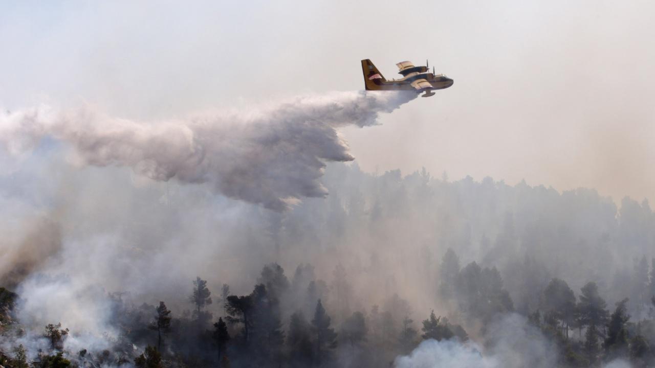 Путин изпраща на Гърция още самолети за гасене на пожари