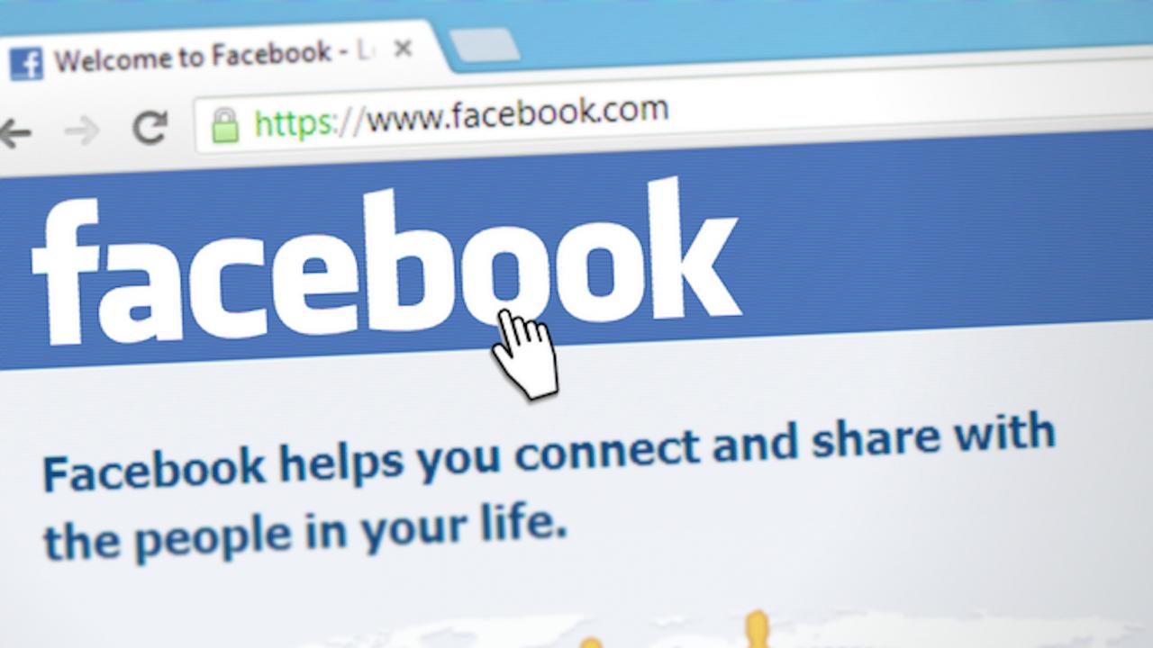 Facebook премахна стотици акаунти с дезинформация за ваксини