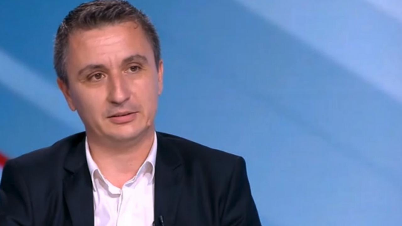 Стефан Янев освободи кандидат-министър на ИТН