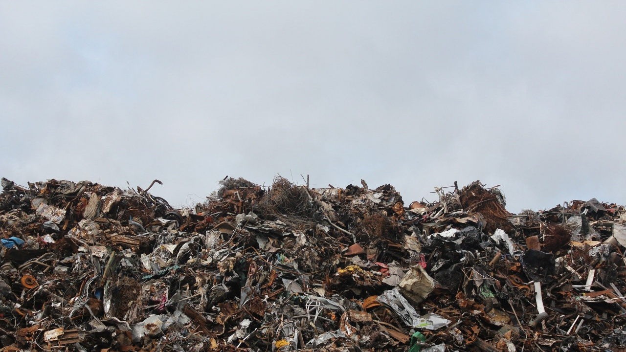 Глобиот 50 до 2000 лева за изхвърлянето на отпадъци в река Тунджа