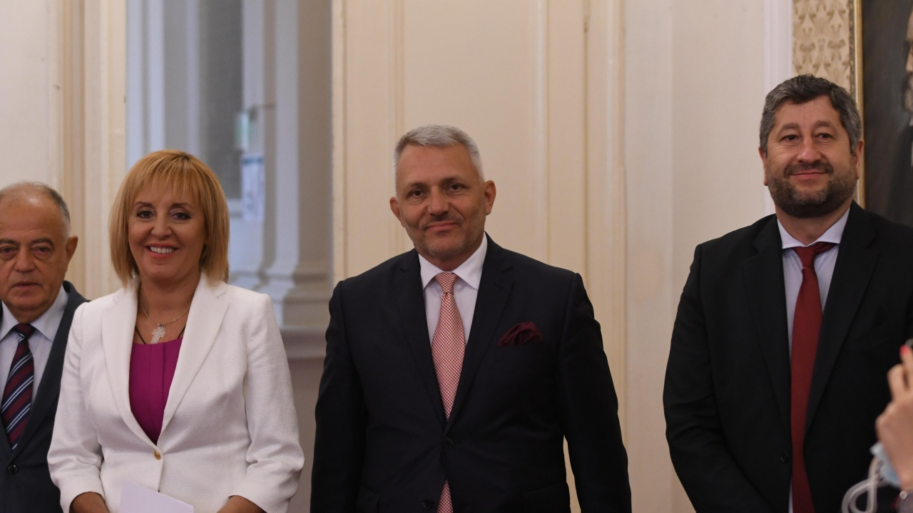 Марешки: Жаждата за власт срина ДБ и Манолова