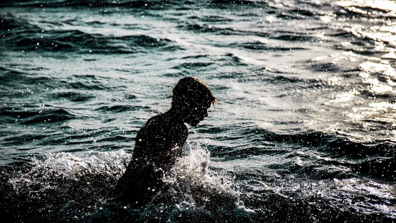 На рождения си ден 8-годишно момче участва в преплуване на Дунав край Силистра