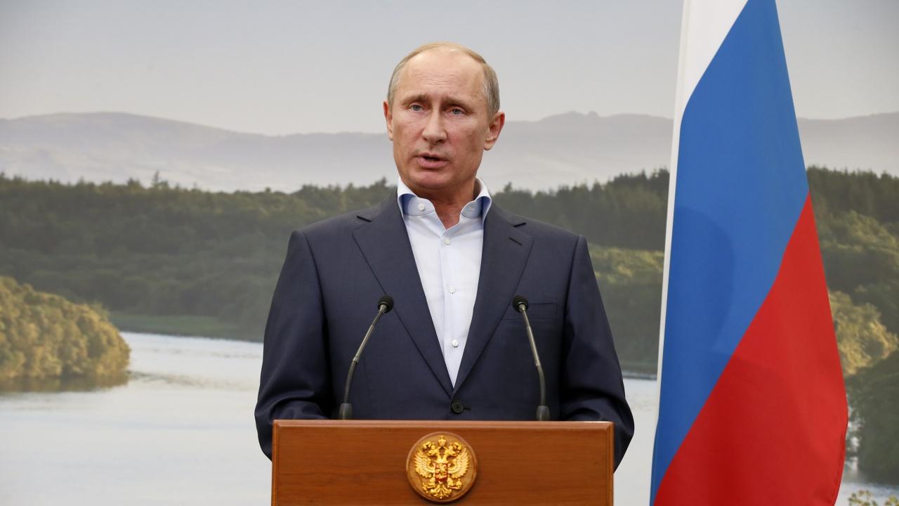 """Путин разтревожен от природните бедствия с """"безпрецедентен"""" мащаб"""