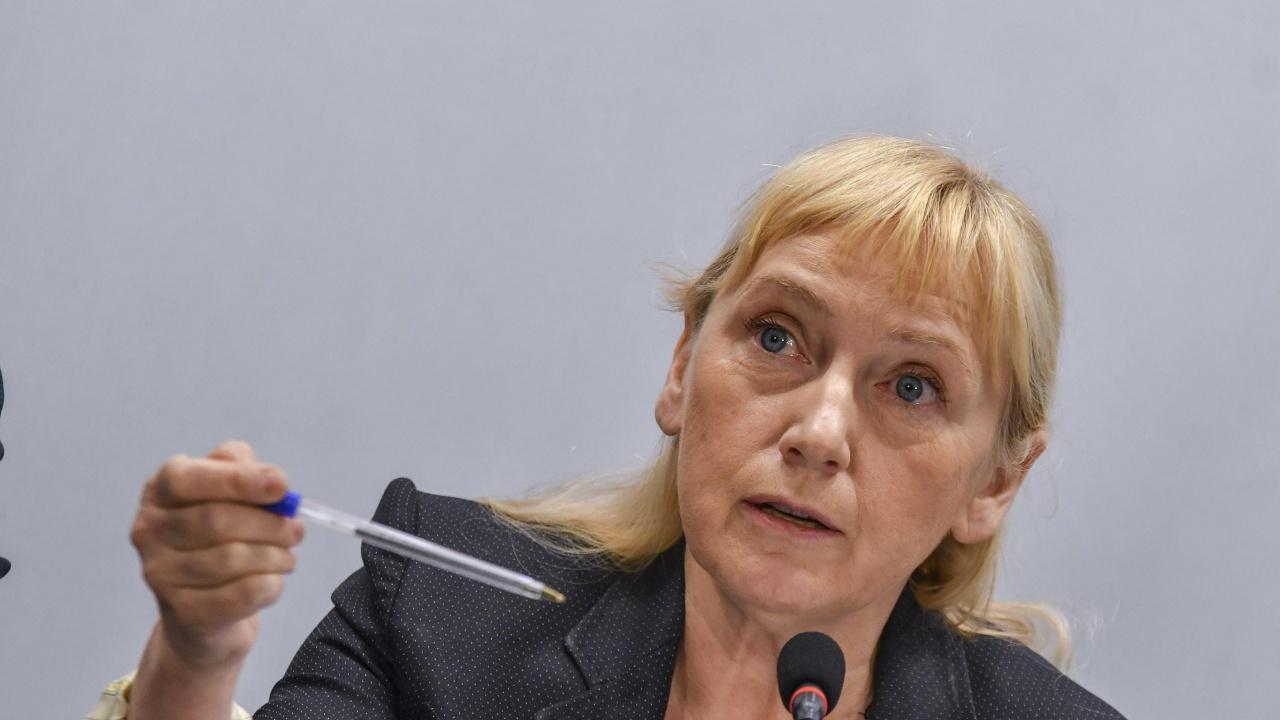Евродепутати ще разследват полицейското насилие срещу протестиращи