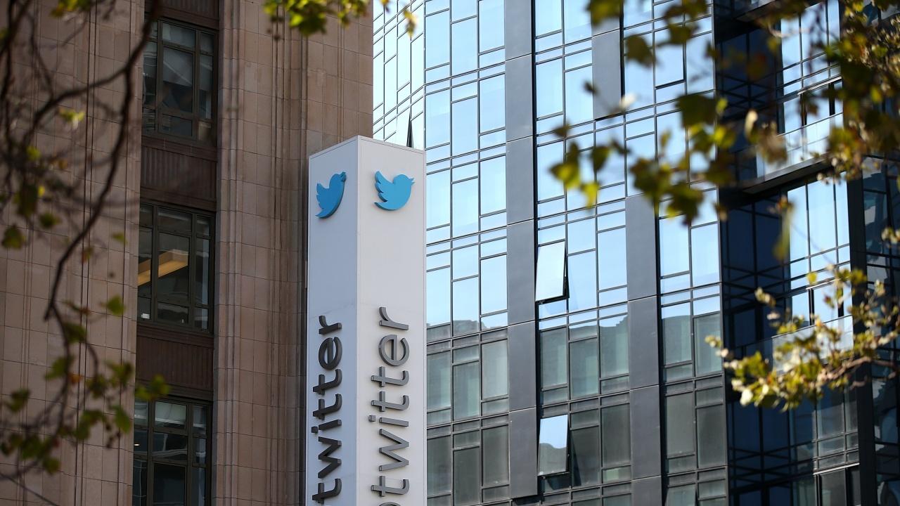 Туитър отряза гръцки политик