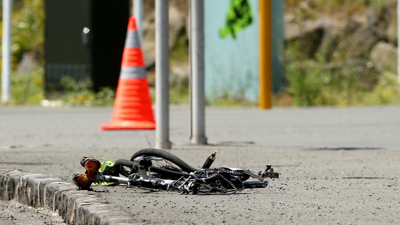 Автобус помете 8-годишен велосипедист в Дисевица