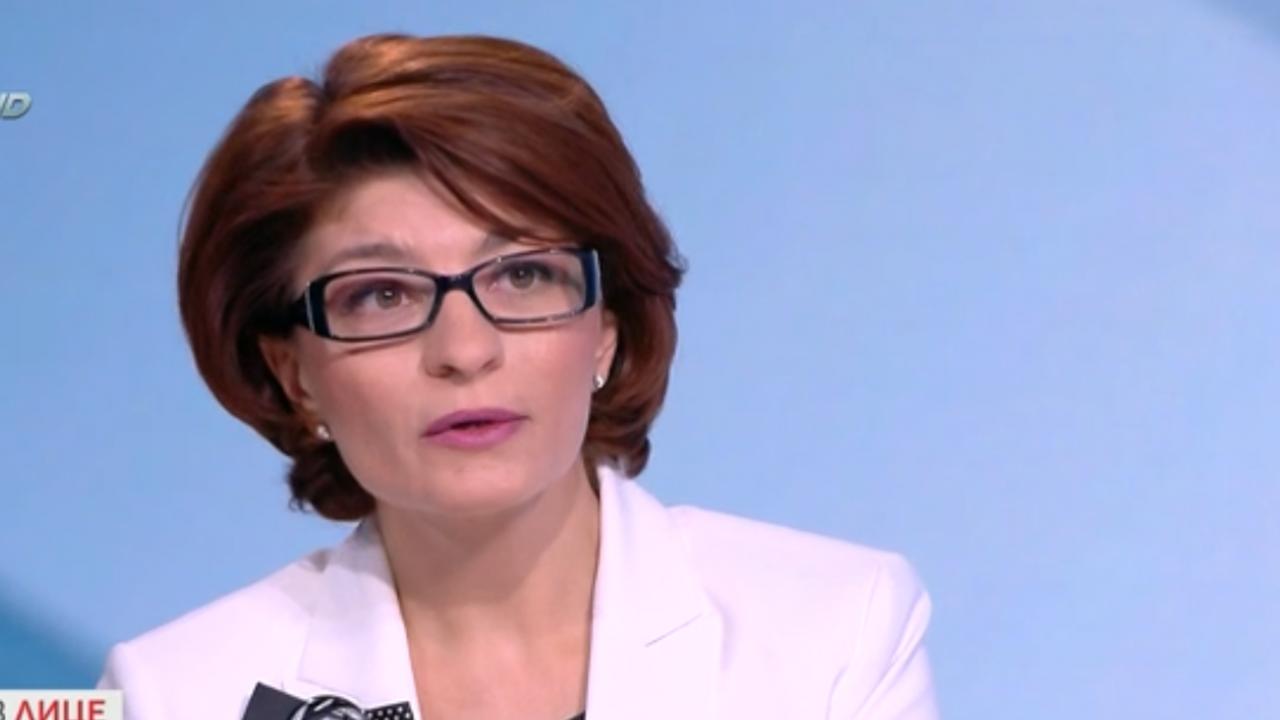 Десислава Атанасова за насилието над протестиращи: Наказанието на полицаите трябваше да е по-сурово