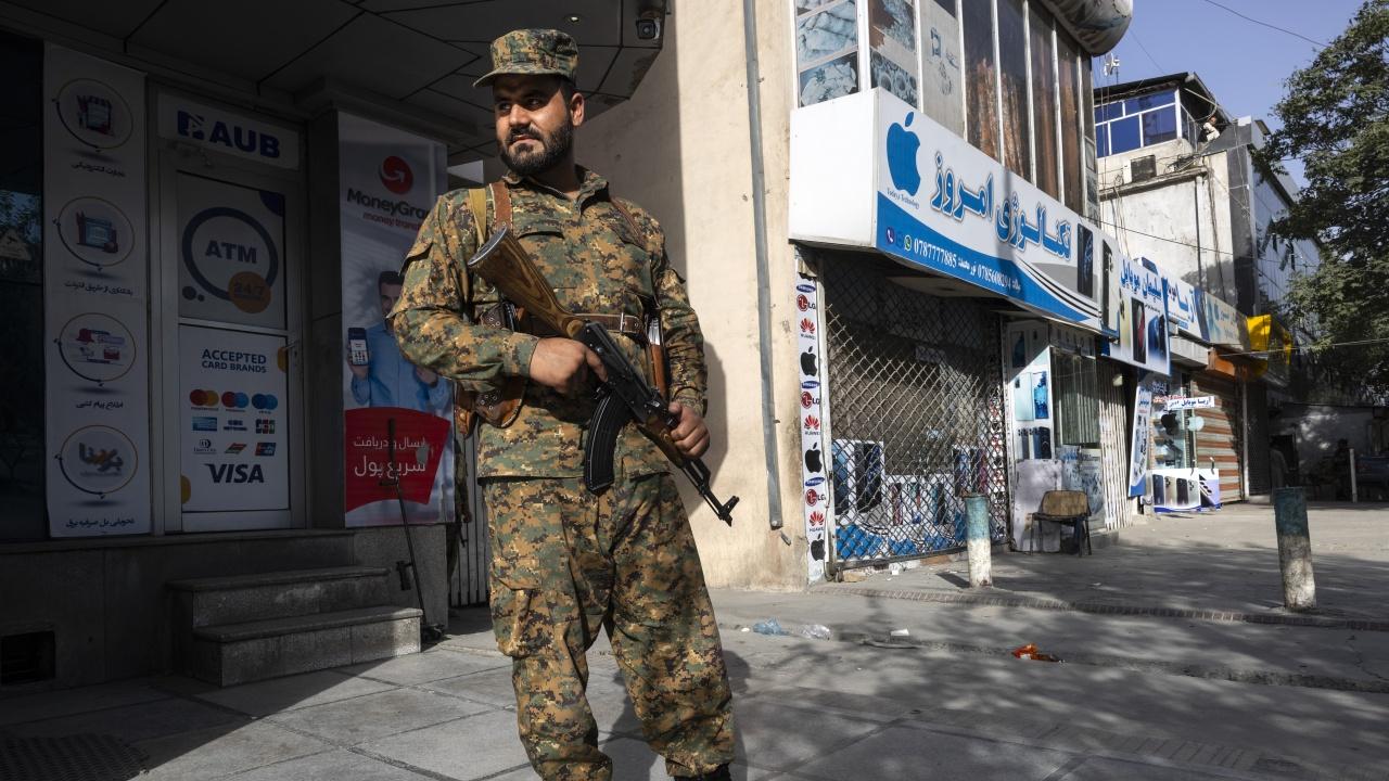 Противници на талибаните в Афганистан призовават Запада да им помогне с оръжие и боеприпаси