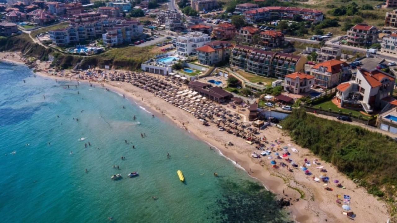 """Над 330 хотела и места за настаняване са подпомогнати по програмата на МТ """"Отново заедно"""""""