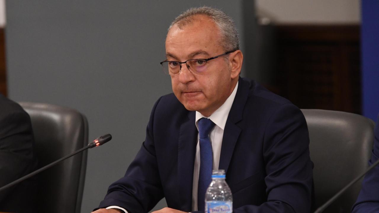 Министър Донев с информация за социалните услуги и преизчисляването на пенсиите