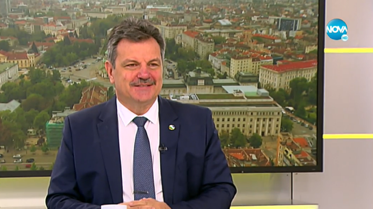 Д-р Симидчиев: Учебната година ще започне дистанционно