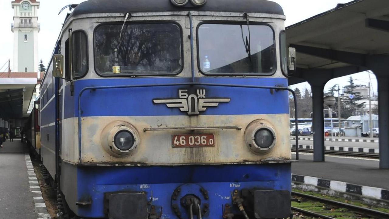 Железопътните превозвачи спират работа до дни?