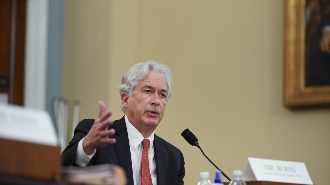 Директорът на ЦРУ се е срещнал тайно с лидер на талибаните в Кабул
