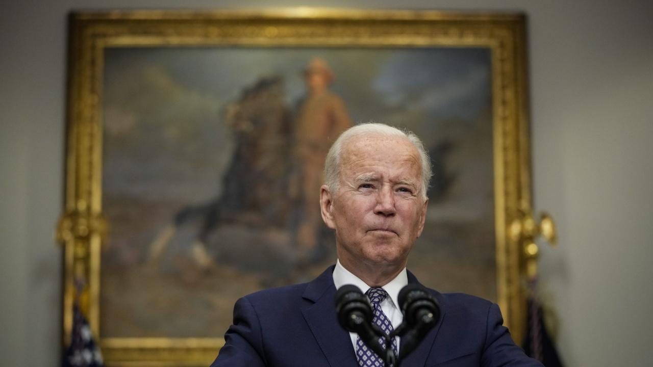 """""""Вашингтон пост"""": Байдън предоставя на талибаните ново радикално ислямско емирство в Афганистан"""