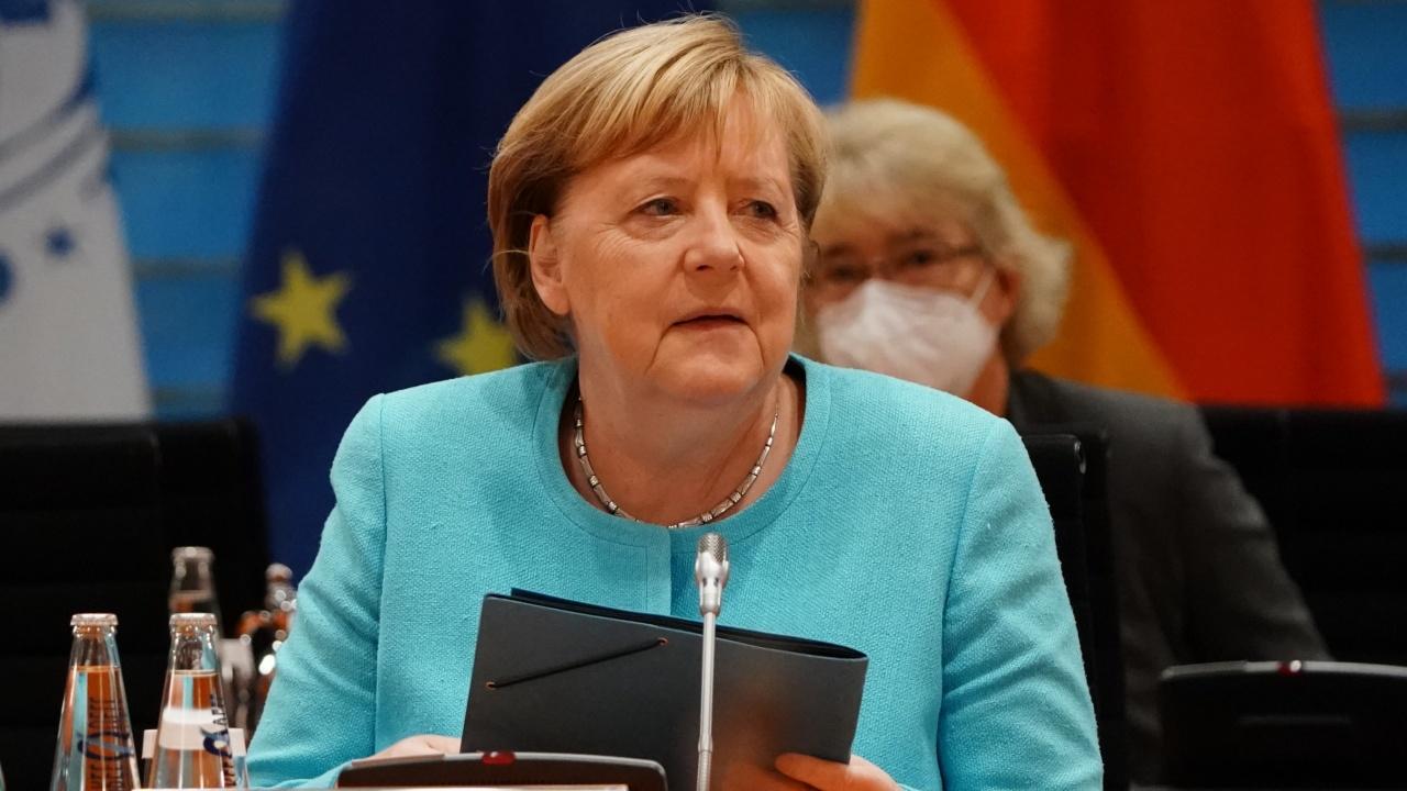 Меркел: Германия ще продължи да помага на хората, които искат да напуснат Афганистан